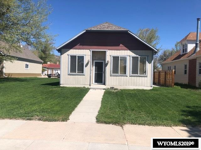 107 W Spruce Street, Rawlins, WY 82301 (MLS #20192932) :: Real Estate Leaders