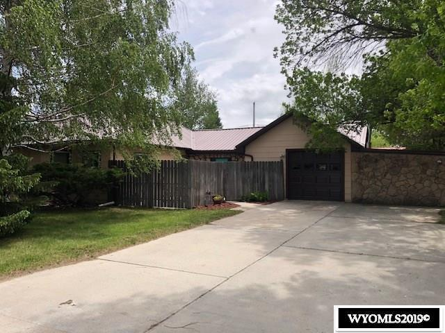 75 Sunset Avenue, Buffalo, WY 82834 (MLS #20193212) :: RE/MAX The Group