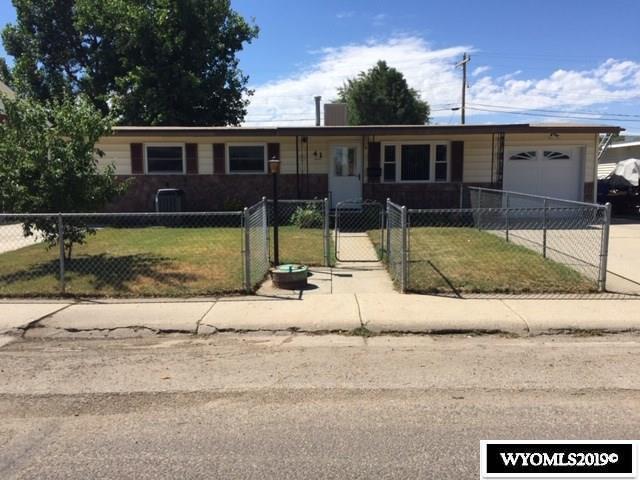 41 Gardenia, Casper, WY 82604 (MLS #20194129) :: Real Estate Leaders