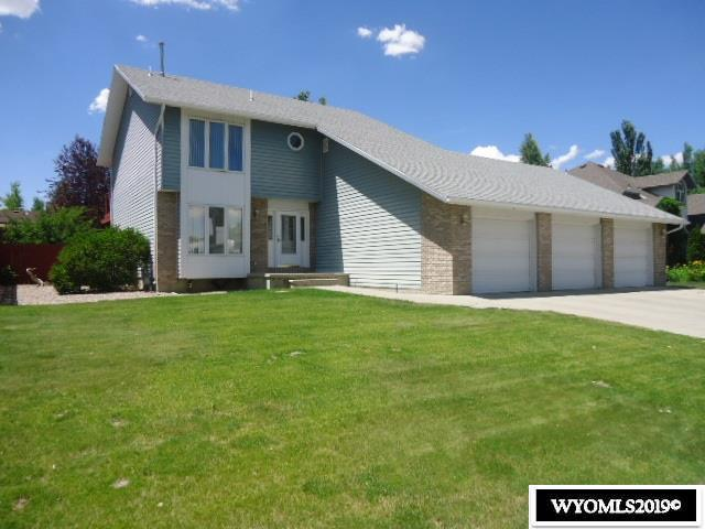 916 Rosewood Drive, Rock Springs, WY 82901 (MLS #20194285) :: Lisa Burridge & Associates Real Estate