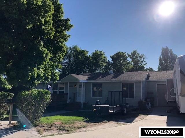 1415 Winter View Drive, Green River, WY 82935 (MLS #20194763) :: RE/MAX The Group
