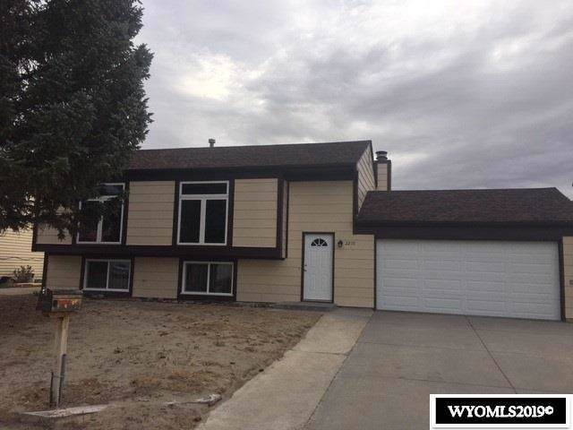 2219 Inverness Boulevard, Rawlins, WY 82301 (MLS #20195697) :: Real Estate Leaders