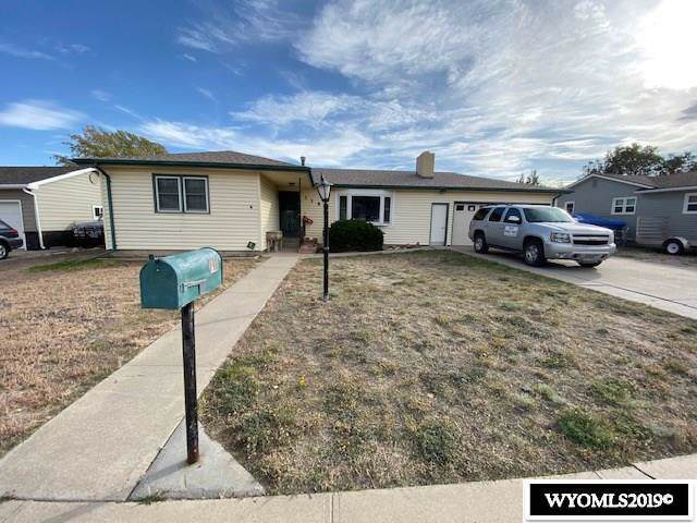118 E Brooks Street, Rawlins, WY 82301 (MLS #20195928) :: Real Estate Leaders