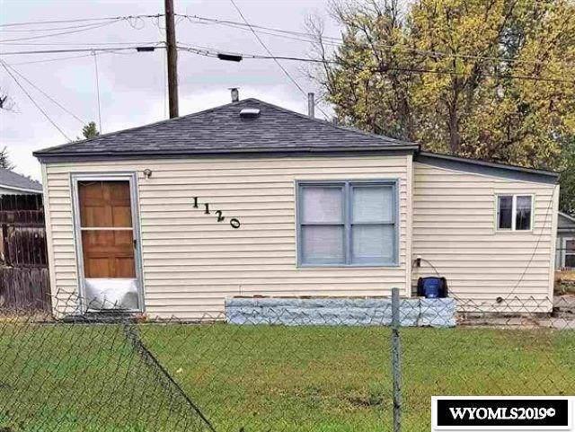 1120 S Willow, Casper, WY 82601 (MLS #20196123) :: Lisa Burridge & Associates Real Estate