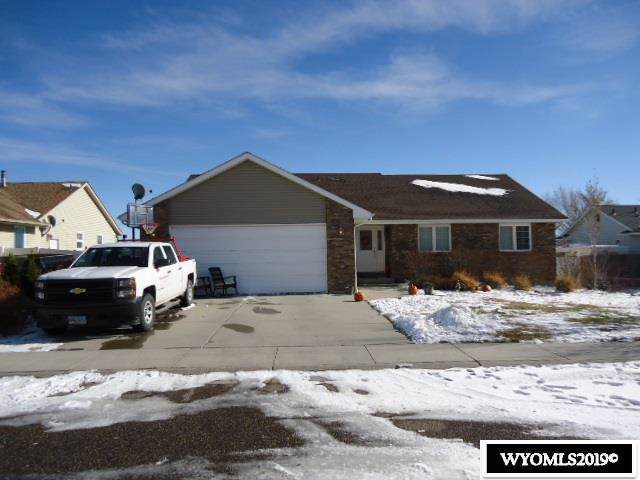 205 Bluebonnet Circle, Rock Springs, WY 82901 (MLS #20196453) :: RE/MAX The Group