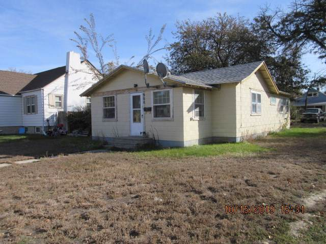 908 Culbertson Avenue, Worland, WY 82401 (MLS #20200311) :: RE/MAX The Group