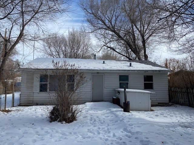13 Pleasant, Riverton, WY 82501 (MLS #20200430) :: Lisa Burridge & Associates Real Estate