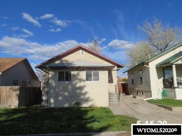909 S Walnut Street, Casper, WY 82601 (MLS #20202638) :: RE/MAX The Group