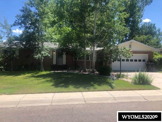 1711 Brentwood Drive, Casper, WY 82604 (MLS #20203604) :: RE/MAX The Group