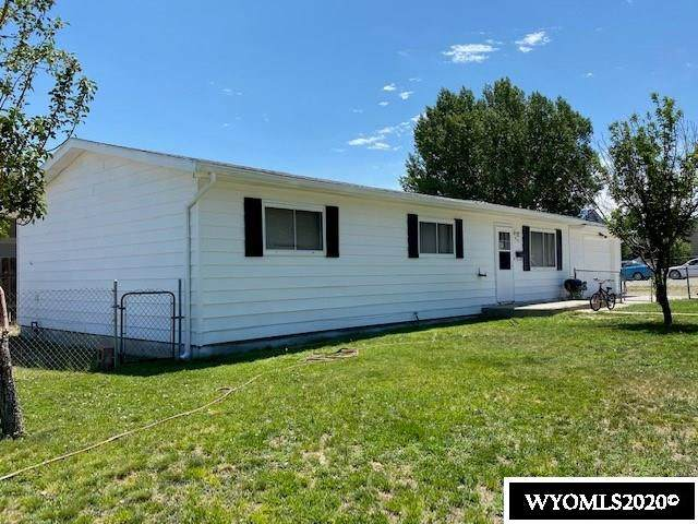 417 Monroe Street, Rawlins, WY 82301 (MLS #20203685) :: RE/MAX The Group