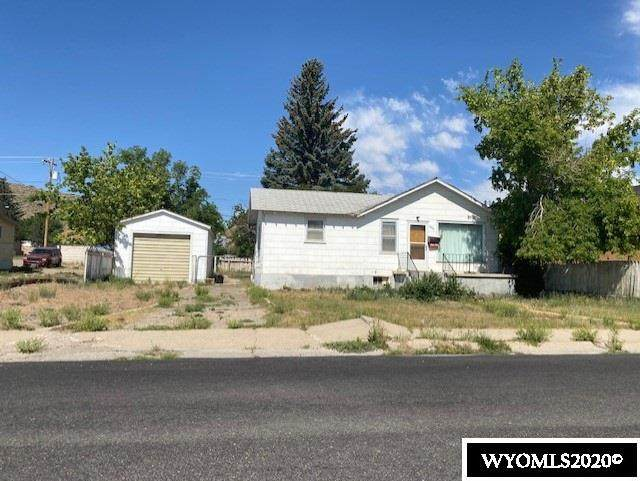 404 11th Street, Rawlins, WY 82301 (MLS #20203693) :: RE/MAX The Group