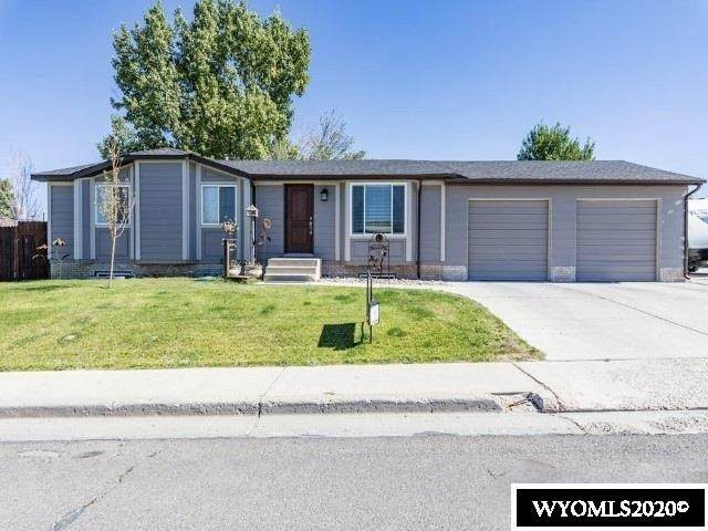 1360 E Teton Boulevard, Green River, WY 82935 (MLS #20204100) :: RE/MAX The Group