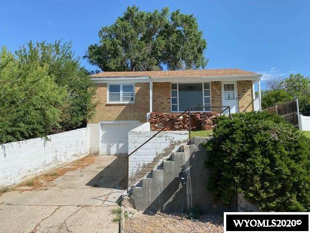 1146 Mountain View, Rawlins, WY 82301 (MLS #20204367) :: RE/MAX The Group