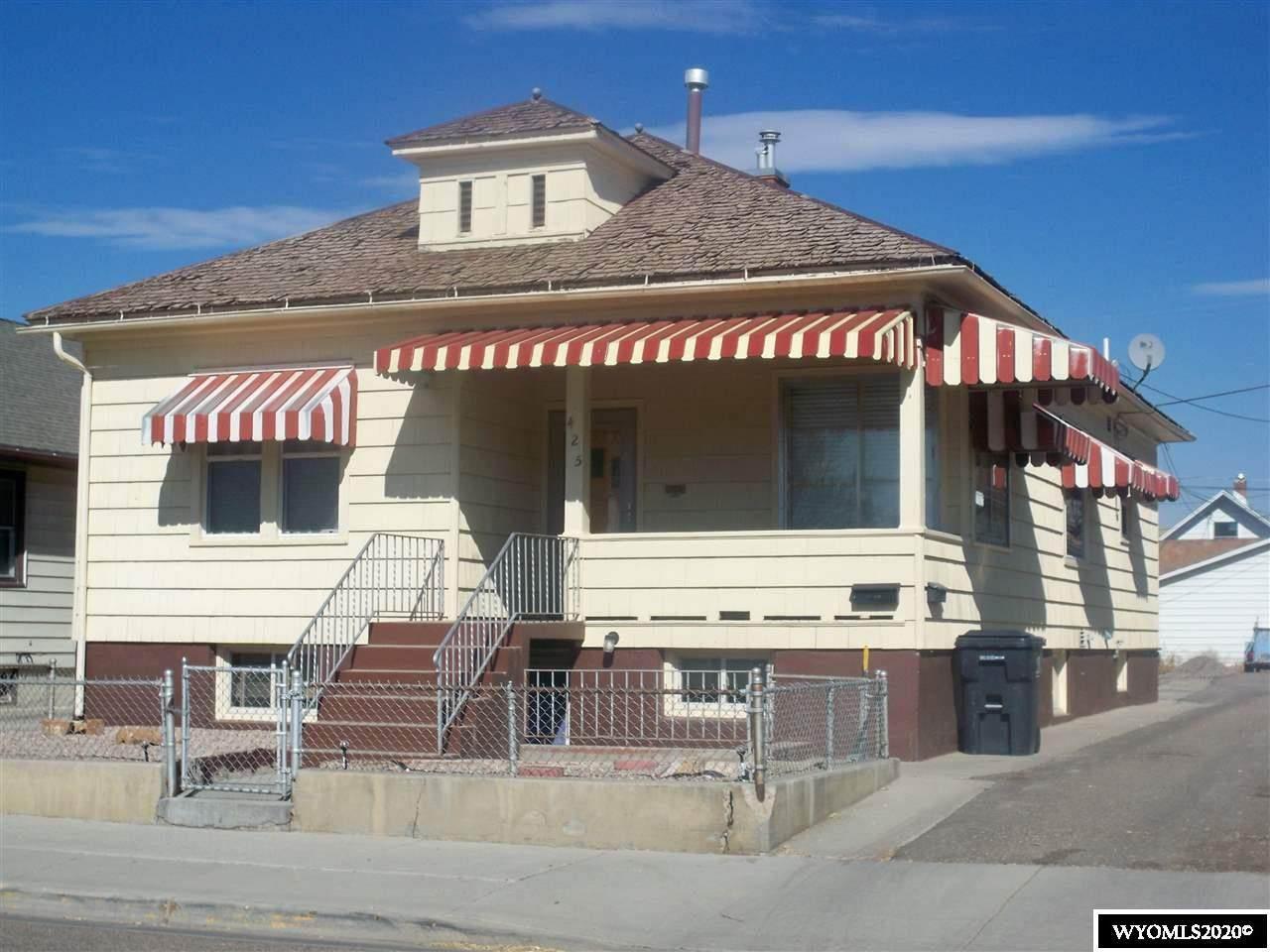 425 Elias Avenue - Photo 1