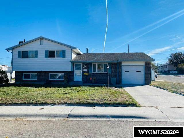 1475 Sublette Street, Rock Springs, WY 82901 (MLS #20206097) :: RE/MAX The Group