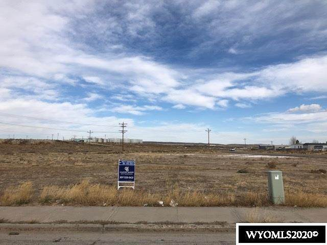 Tract 2 Cottonwood Village, Rawlins, WY 82301 (MLS #20206207) :: RE/MAX Horizon Realty