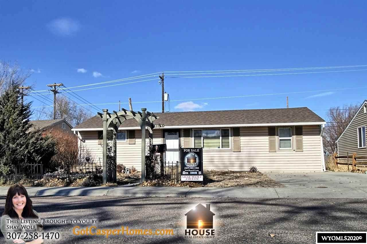 2844 Coulter - Photo 1