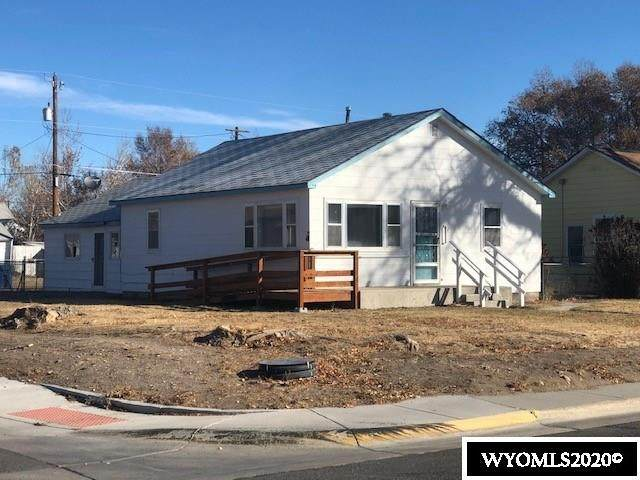 122 W Monroe Avenue, Riverton, WY 82501 (MLS #20206501) :: RE/MAX Horizon Realty