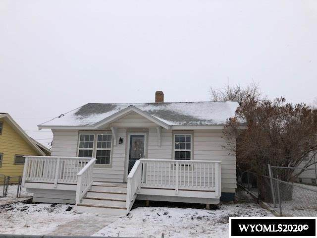 512 13th Street, Rawlins, WY 82301 (MLS #20206864) :: Real Estate Leaders