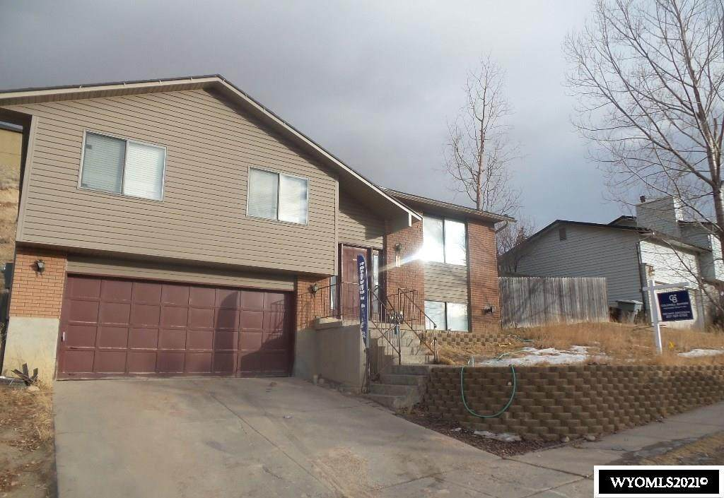 254 City View Drive - Photo 1