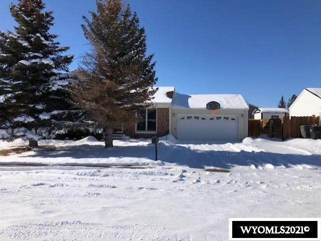2226 Kilmary Drive, Rawlins, WY 82301 (MLS #20210439) :: RE/MAX The Group