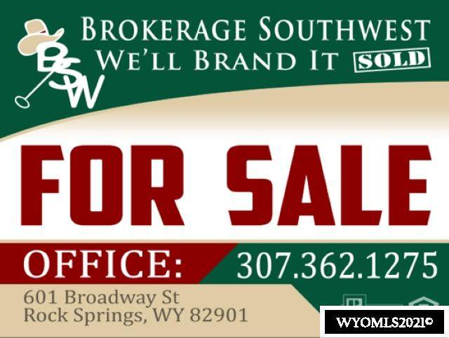 1901 Bachelors Drive, Rock Springs, WY 82901 (MLS #20210468) :: Lisa Burridge & Associates Real Estate