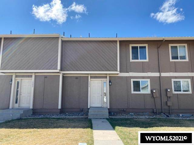 1404 Raindance Drive, Rock Springs, WY 82901 (MLS #20211728) :: Real Estate Leaders