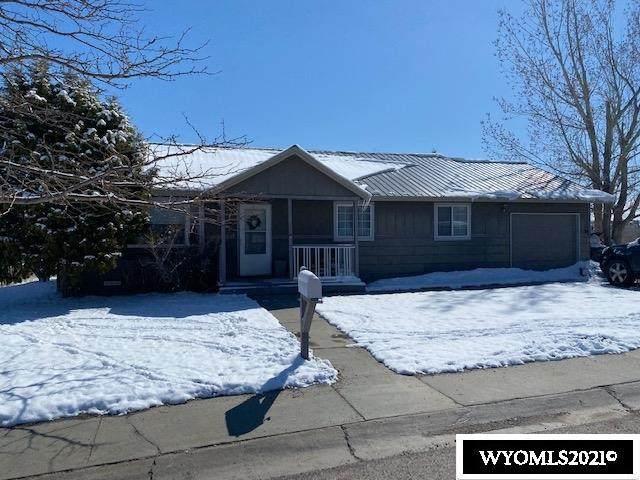 810 Vance Drive, Lander, WY 82520 (MLS #20211922) :: Lisa Burridge & Associates Real Estate