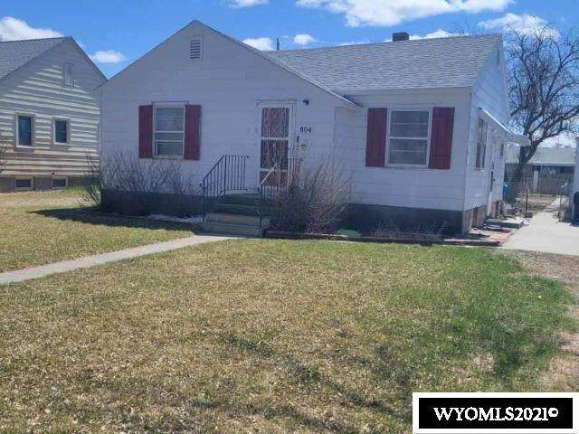 804 Grace Avenue, Worland, WY 82401 (MLS #20211963) :: RE/MAX The Group