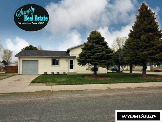 1020 E 17th, Torrington, WY 82240 (MLS #20212282) :: RE/MAX The Group