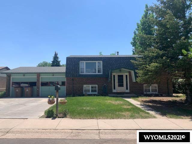 1810 Arnold Street, Laramie, WY 82070 (MLS #20213406) :: Real Estate Leaders