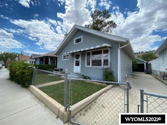 816 Center Street, Rock Springs, WY 82901 (MLS #20213948) :: Real Estate Leaders