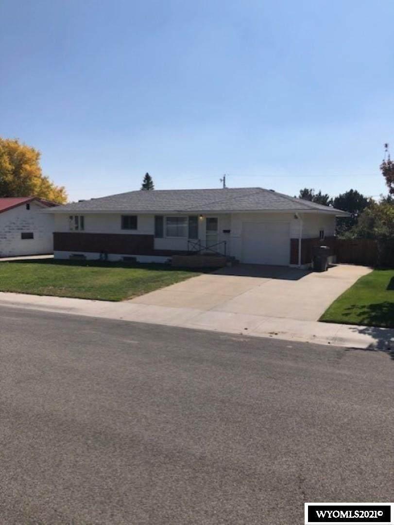 212 El Rancho Drive - Photo 1