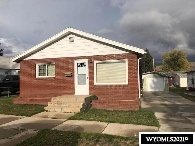 1106 Cedar Avenue, Kemmerer, WY 83101 (MLS #20216005) :: RE/MAX The Group