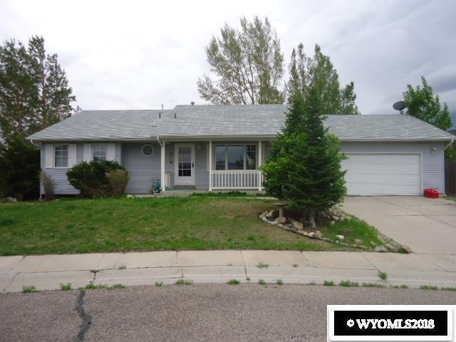 318 College Lane, Rock Springs, WY 82901 (MLS #20182928) :: Real Estate Leaders
