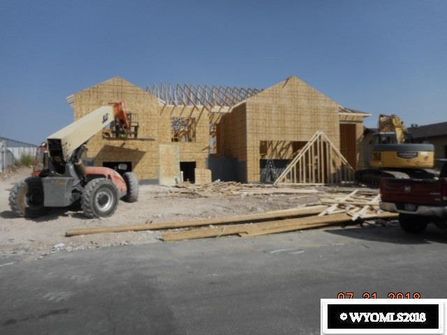 316 Burns Avenue, Evanston, WY 82930 (MLS #20183866) :: Real Estate Leaders