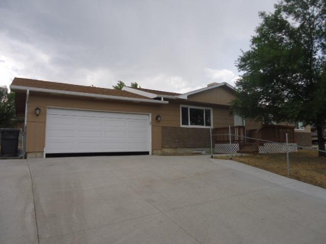 1470 E Teton Boulevard, Green River, WY 82935 (MLS #20184643) :: Real Estate Leaders