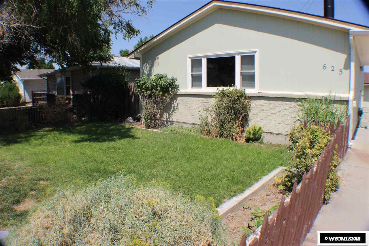 623 Donnel Street - Photo 1