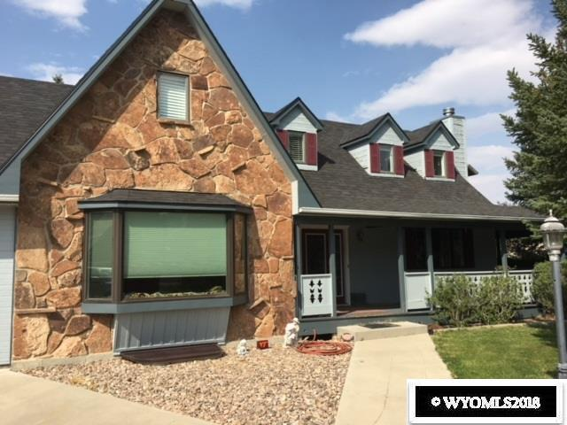 195 Pecan Drive, Green River, WY 82935 (MLS #20184831) :: RE/MAX The Group