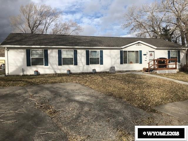 805 W Walnut, Rawlins, WY 82301 (MLS #20186405) :: Lisa Burridge & Associates Real Estate