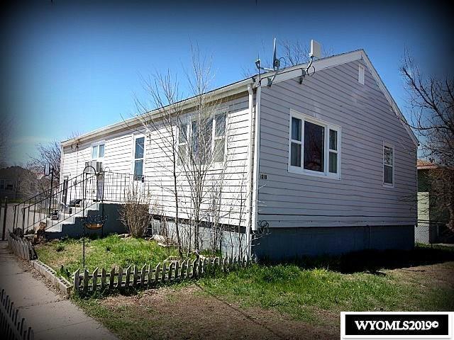 1318 High Street, Torrington, WY 82240 (MLS #20190807) :: Lisa Burridge & Associates Real Estate