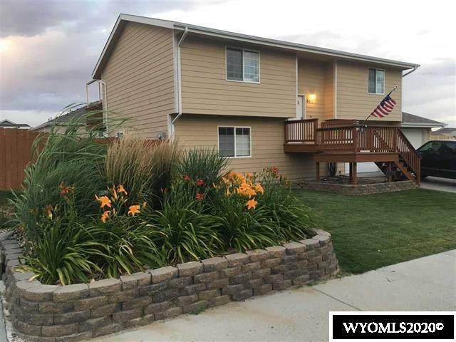 6610 Monarch Court, Casper, WY 82604 (MLS #20204894) :: RE/MAX Horizon Realty