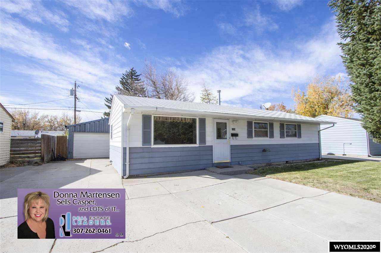 1634 Laramie Street - Photo 1