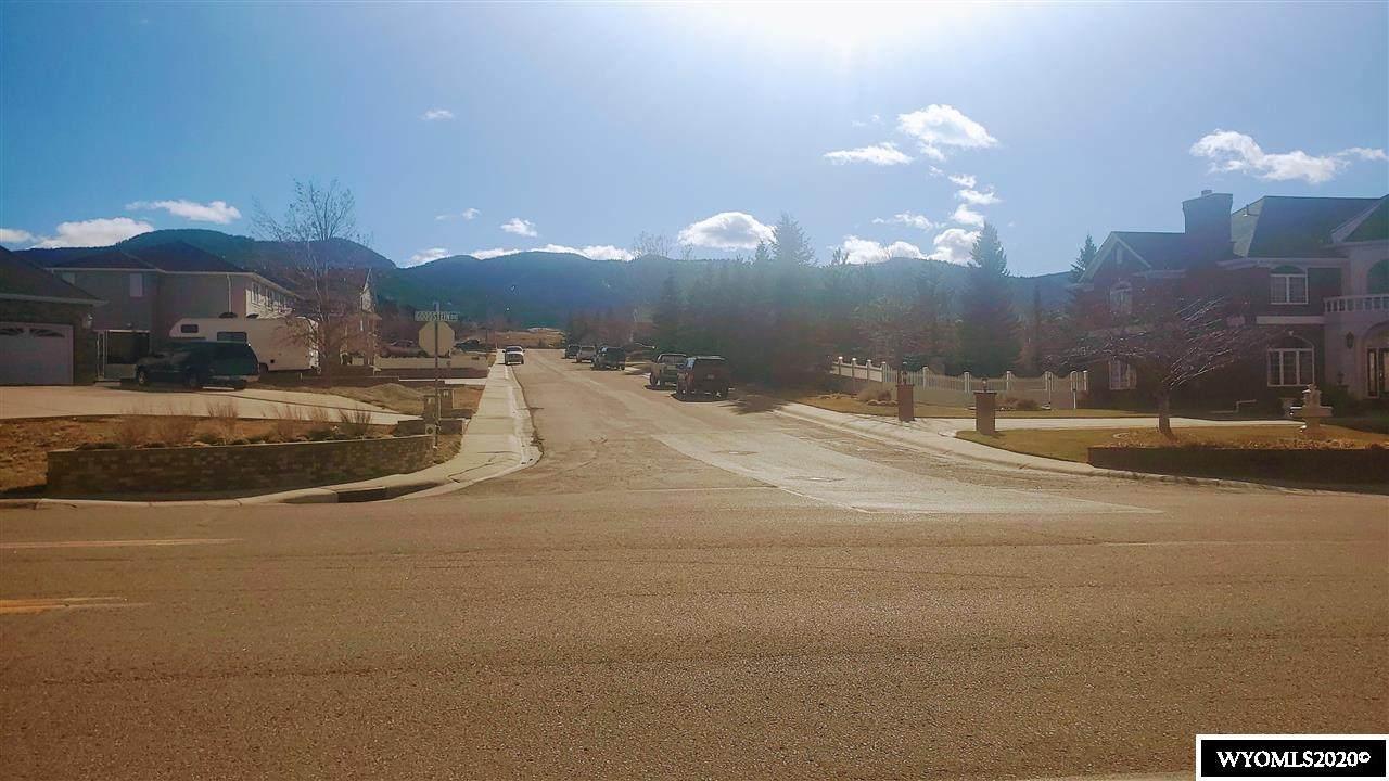 1380 Goodstein Drive - Photo 1