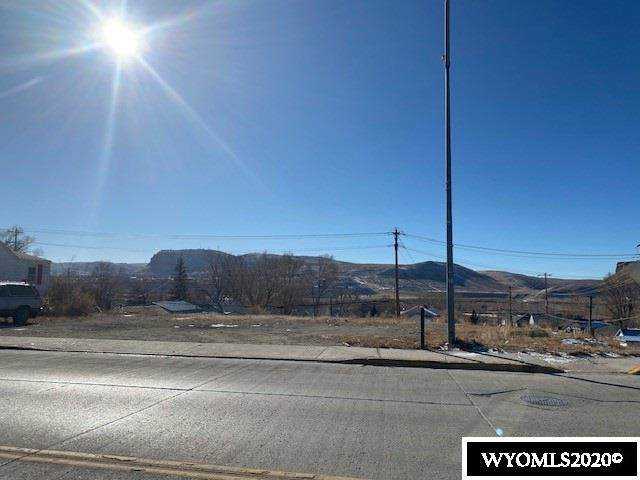 645 W Flaming Gorge Way, Green River, WY 82935 (MLS #20206724) :: RE/MAX The Group