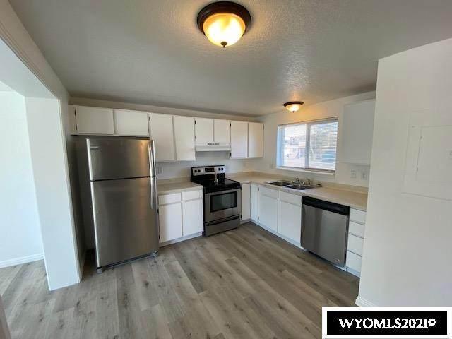 1404 Raindance Drive, Rock Springs, WY 82901 (MLS #20211728) :: Broker One Real Estate