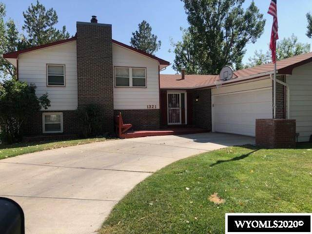 1321 Kelly Drive, Casper, WY 82609 (MLS #20204906) :: RE/MAX Horizon Realty