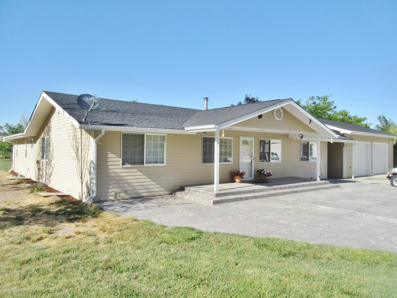 2381 Wenas Rd - Photo 1
