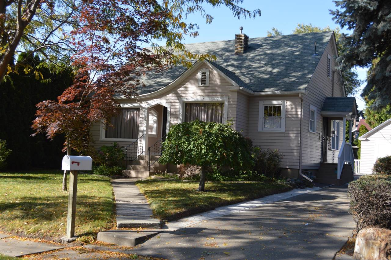 914 18th Ave - Photo 1