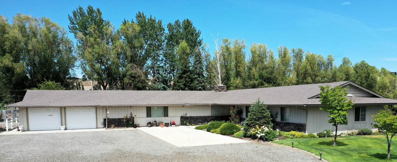 11603 Wide Hollow Rd - Photo 1